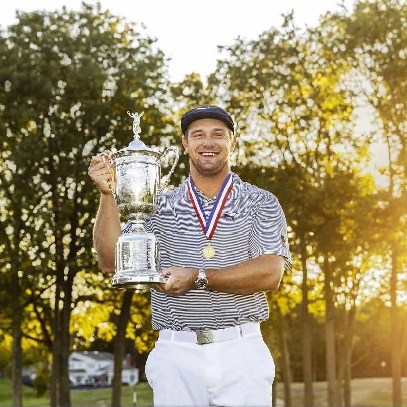 劳力士代言人布赖森·德尚博于翼脚高尔夫俱乐部首夺美国公开赛冠军