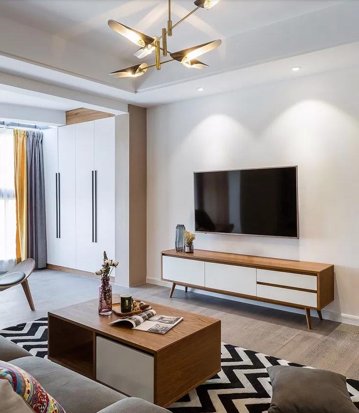 105平米现代风格三居室,预算8万,点击看效果图!