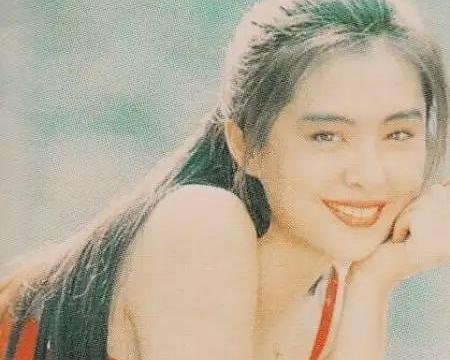 """王祖贤是古典美人,""""小倩""""一角色深入人心,与齐秦的感情成遗憾"""