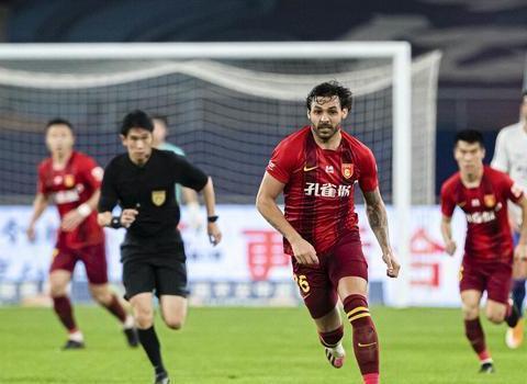 国足若有他太幸福!恒大失落王牌昨晚2细节堪称中国球员榜样