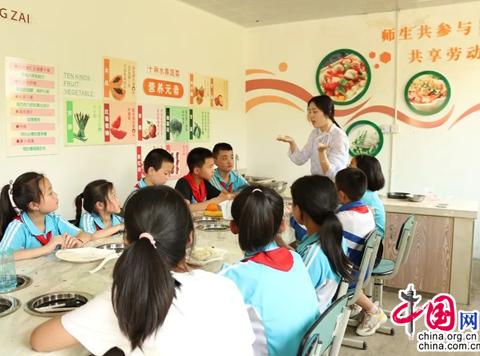 """成都龙泉驿青龙湖小学:打造城乡教育一体化的""""成都样本"""""""