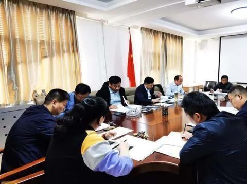 龙亭区召开重大项目服务专班工作座谈会