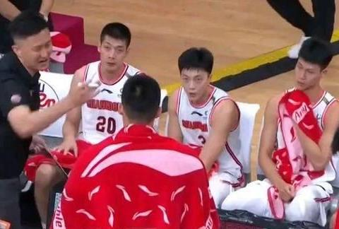 广东益茶大战四川男篮,比赛看点如何?球队能否重返前四宝座?