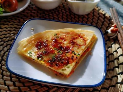 一人早餐:一张煎饼里就有主食蔬菜鸡蛋,做法极简单适合上班族