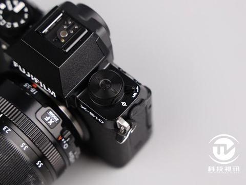 精巧灵动,体验不凡!富士全新无反数码相机X-S10评测