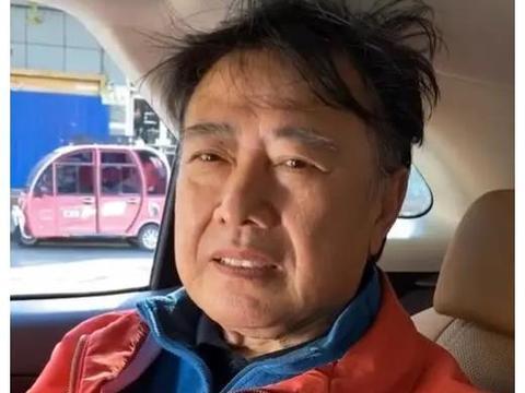 刘晓庆前夫受访头发凌乱邋遢,两人曾双双出轨结婚,不到两年离婚