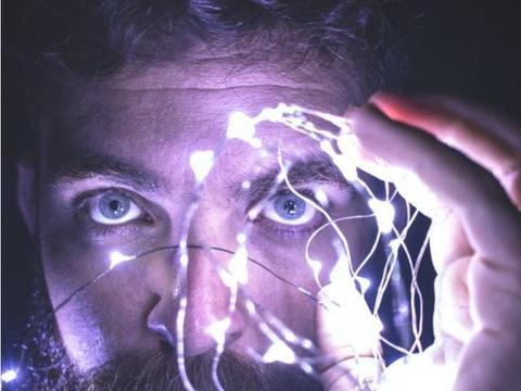 """结合脑科学研究,蝴蝶互动和陈天桥的实验室做了个""""戒瘾""""游戏"""