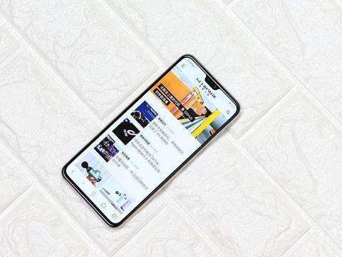 """vivo S7图赏:一款可以靠""""脸""""吃饭的5G智能手机"""