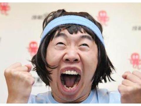 """有种""""偏心""""叫杨迪妈妈,哥哥杨迪扮丑做谐星,妹妹杨莎美如明星"""