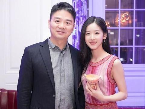 章泽天要离婚只能分到5块钱财产?刘强东早算计好,不愧是个狠人