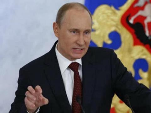 轮到普京出招了!俄罗斯油轮爆炸后,俄军对美国盟友发起猛烈报复