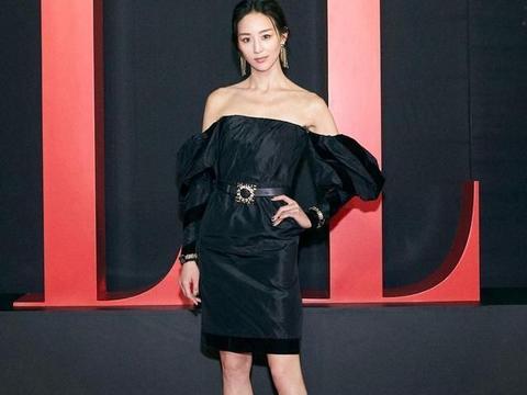 张钧甯也太瘦了,身穿黑色衣裙搭配高跟鞋魅力四射,锁骨更抢镜