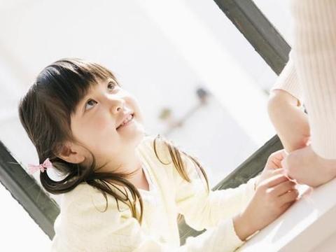 李玫瑾教授:养育女孩,遵守四个原则,孩子未来更优秀