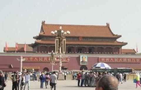 为什么北京人不去天安门,西安人不去秦兵马俑,这是很合理的