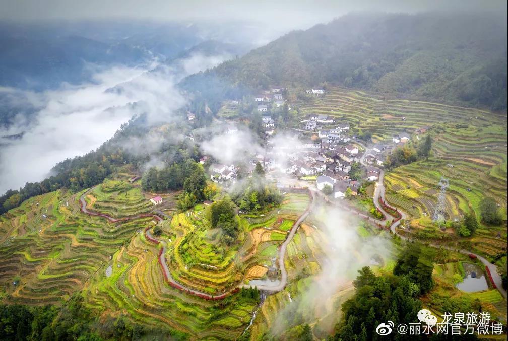 """全省海拔最高,云海深山处的""""世外桃源"""",这个地方真的美翻了!"""