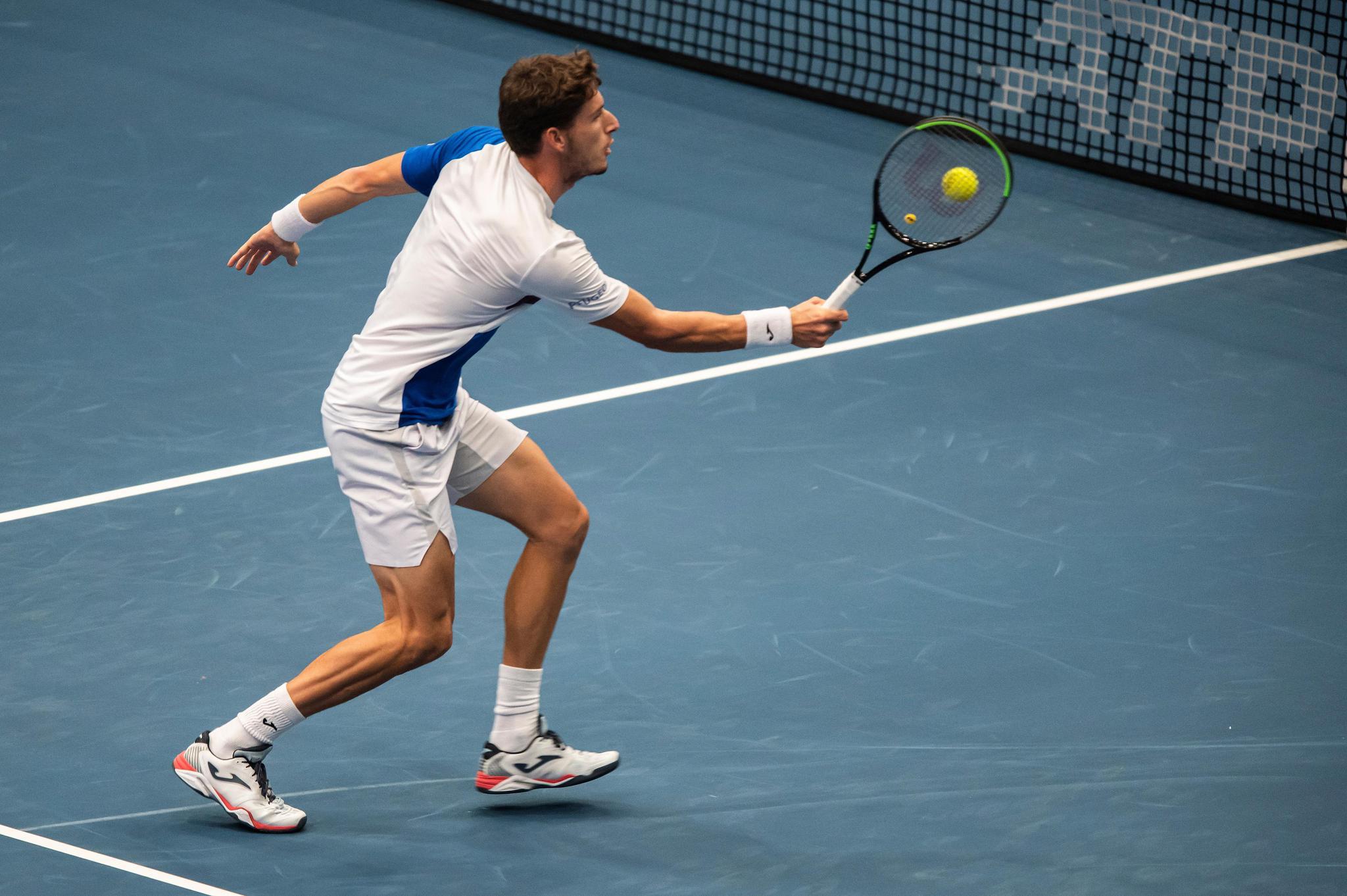 网球——维也纳公开赛:布斯塔晋级