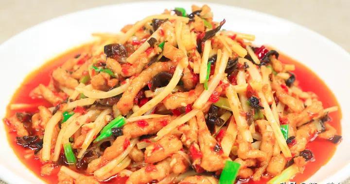 传统名菜鱼香肉丝的地道做法,详解选材到火候