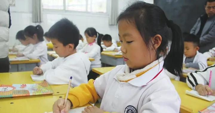 """聊城东昌府:东关民族小学 举行""""立规养习""""展示活动"""