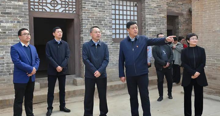 晋城高平:胡晓刚调研康养特色村建设工作