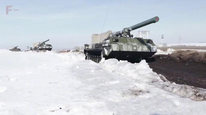 军事公开课 俄军2S7M自行火炮射击训练