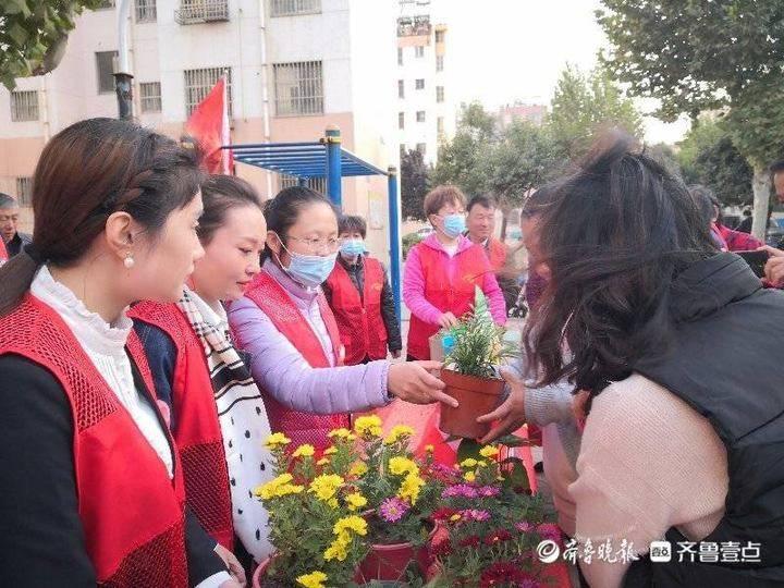 """临淄区人社局组织开展""""双报到""""志愿服务活动"""