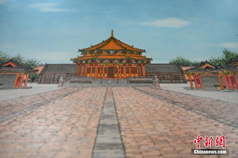 """辽宁非遗传承人在瓷板上雕刻出""""沈阳故宫"""""""
