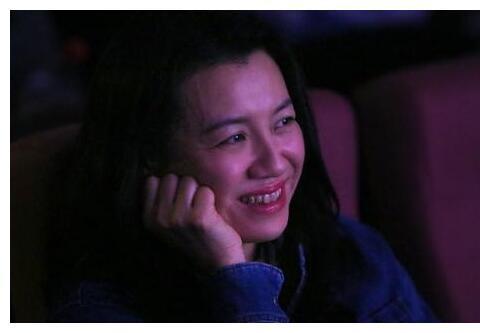 出道就拿影后,一出手就是9分神剧,孔笙导演却说:她不像演员