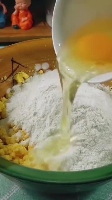 玉米面饼怎么做才好吃,教你简单做法,上桌暄软香甜吃不够