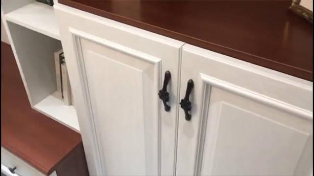入户玄关鞋柜这样组合定制,收纳能力杠杠的,还能多出个阅读区!