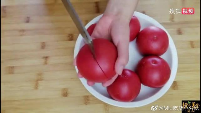 天热要多吃西红柿,教你新吃法,不煮不炒不做汤,一次做6个,香