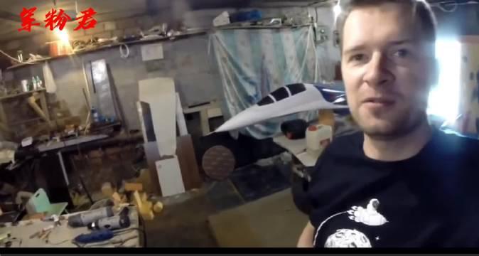 喷气式引擎装配完毕,su-27准备起飞🛫️