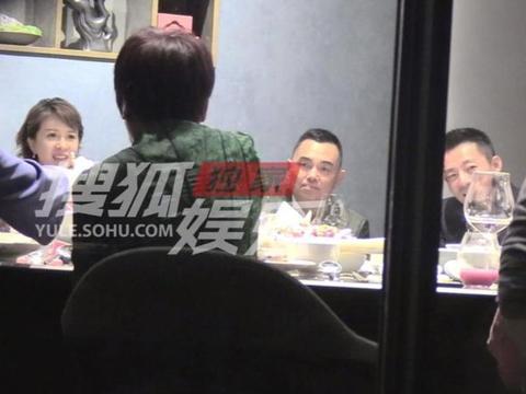汪小菲带母亲发展新事业?与金巧巧聚餐,李湘前夫李厚霖作陪