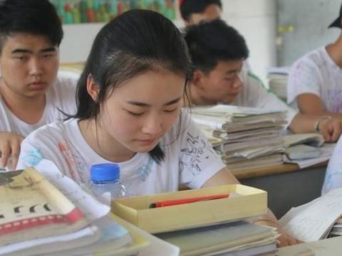 5省教育厅发布通知,高考生迎来2个好消息,家长:支持!