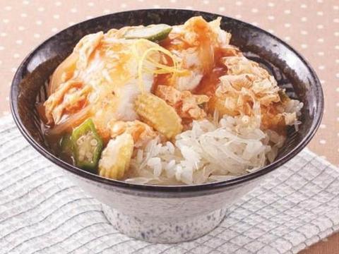 美味家常菜:田园土豆饼,柚香烧鱼盖饭,胡萝卜丁炒玉米
