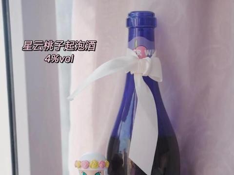 """""""冷宫""""中的果酒终于火了,首入江小白果立方"""