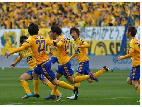 仙台七夕VS神户胜利船、广岛三箭VS横滨水手