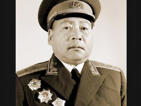 放牛娃参加红军,违规私藏战利品反被升职,后被授予中将军衔