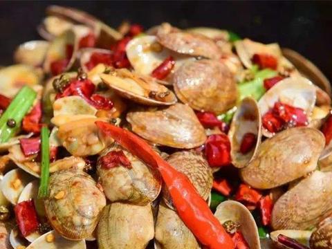 辣炒花蛤,肉质鲜美,下饭又下酒,在家一次吃过瘾!