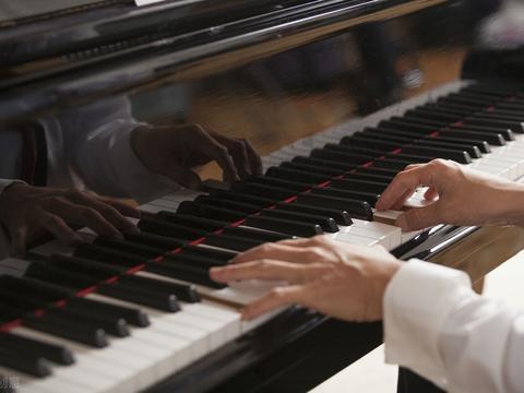 钢琴陪练哪个比较好?vip陪练怎么样,可靠吗?学钢琴家长怎么陪练