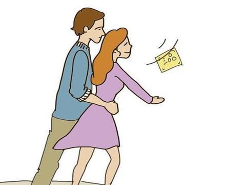 """情侣""""拥抱""""的时候,女人为什么会情不自禁地踮起脚?"""