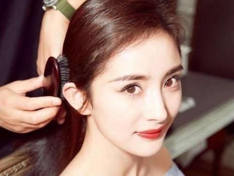 女孩怎么会有蓬松的头发?选择正确的洗发水可能会改变你的头发质