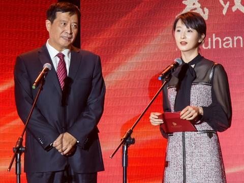 华语青年电影周闭幕式暨推介盛典举行 影后吕星辰担任终审评委