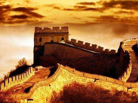 秦始皇修建的万里长城,如果换算成人民币大概要花多少?无法想象