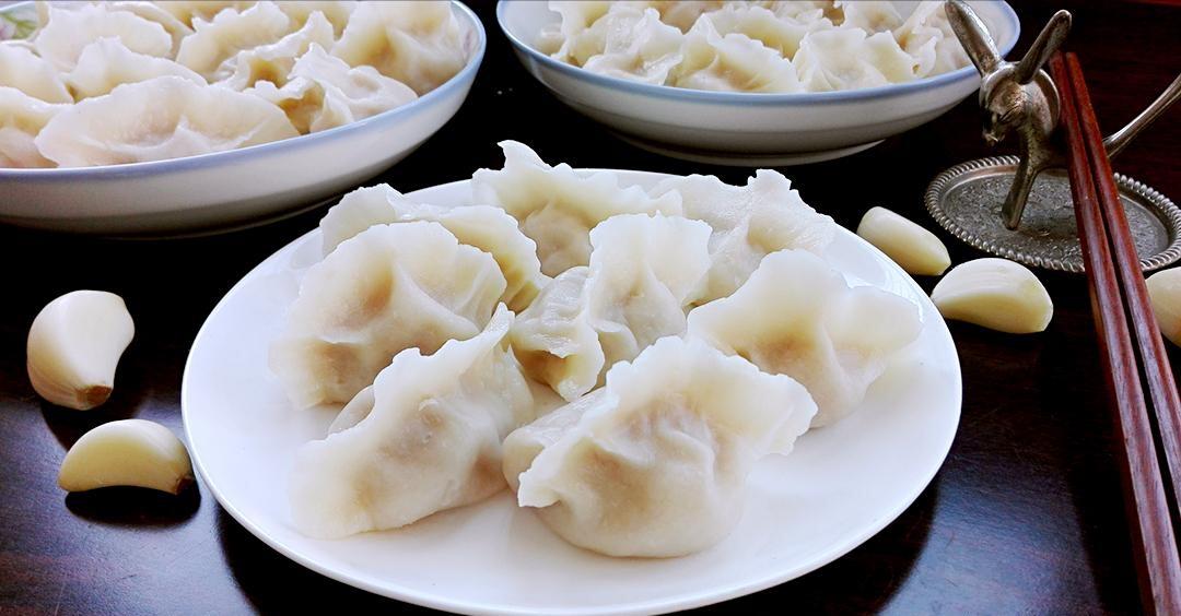 秋天吃饺子用它做馅正合适5毛1斤营养丰富降血糖清血管