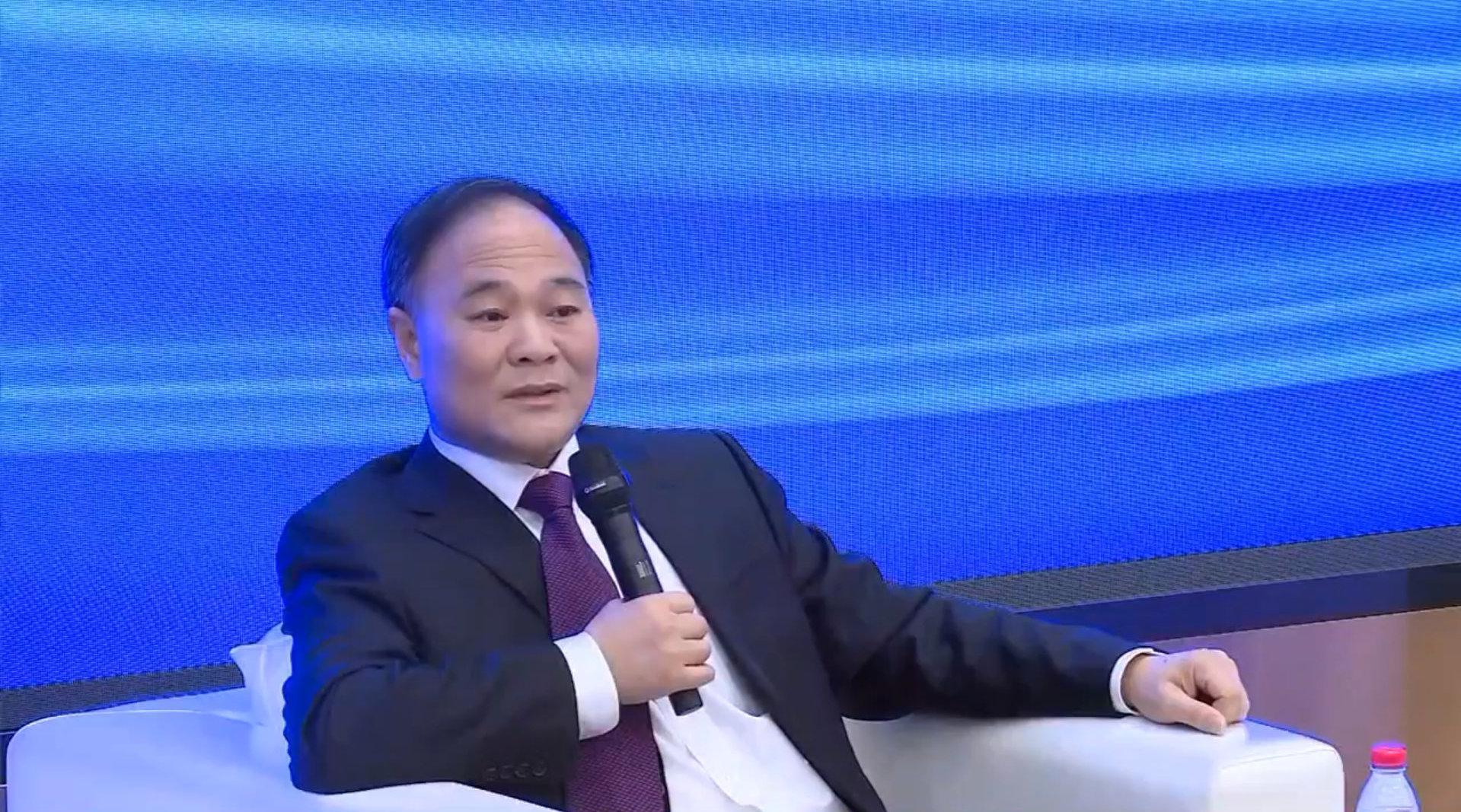 汽车资讯 李书福:一定要带脑子思考,独立思想很重要