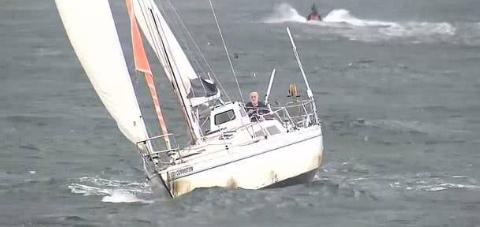 澳洲81岁白胡子老爷爷自驾游艇完成环球航行,7岁时的梦想成真