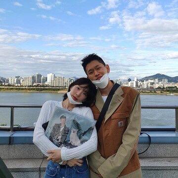 S.M女团成员撞脸张紫宁,Crush撞脸何润东,中韩撞脸成流行?