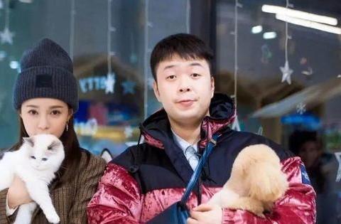 杜海涛33岁生日,女友沈梦辰在线撒糖,这对情侣居然相爱8年了!