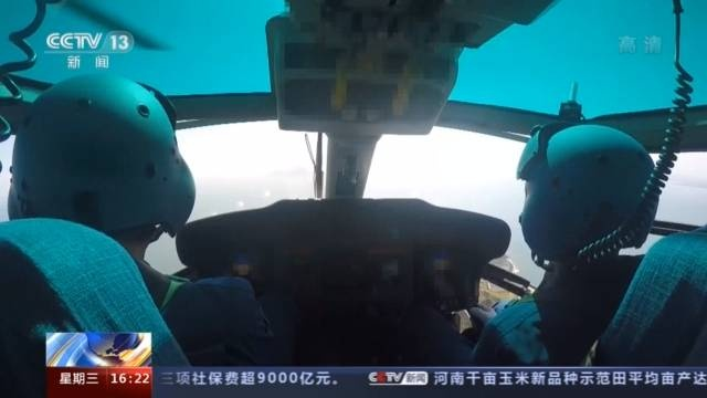 海军高难度训练!检验舰载机和舰艇在不同条件下连续起降能力