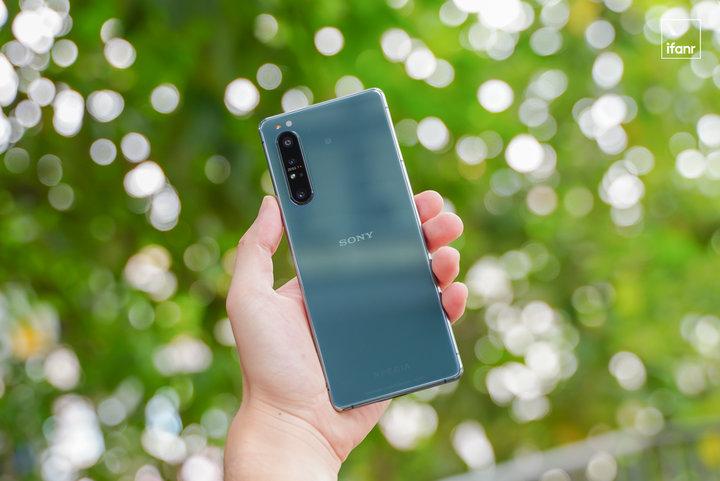 索尼首部 5G 手机 Xperia 1 II 体验,4K、快充、865、耳机孔通通都有